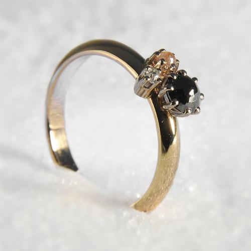 geelgouden ring met zwarte en rose diamant Keiservorm