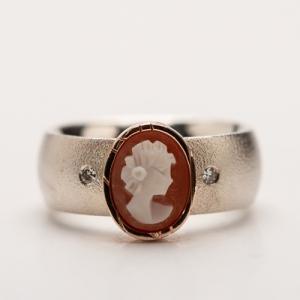 cameo en diamant zilver en gouden ring